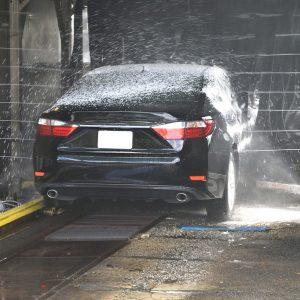 洗車と清掃をしておく